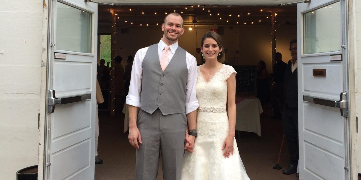 Southeast Ohio Rustic & Barn Wedding Venues - Price Venues