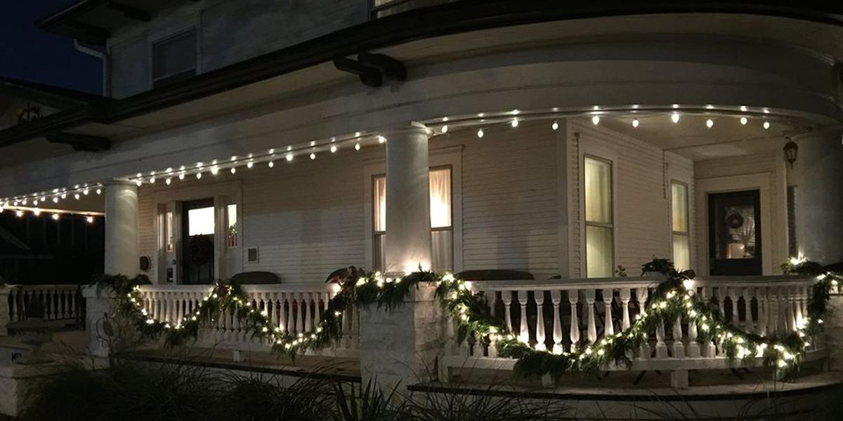 The Texas White House Bed & Breakfast wedding Dallas