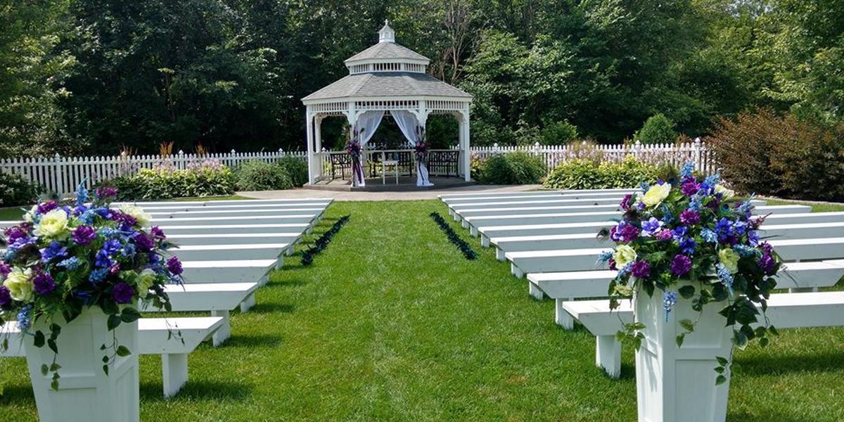 Mystical Rose Gardens wedding Eau Claire
