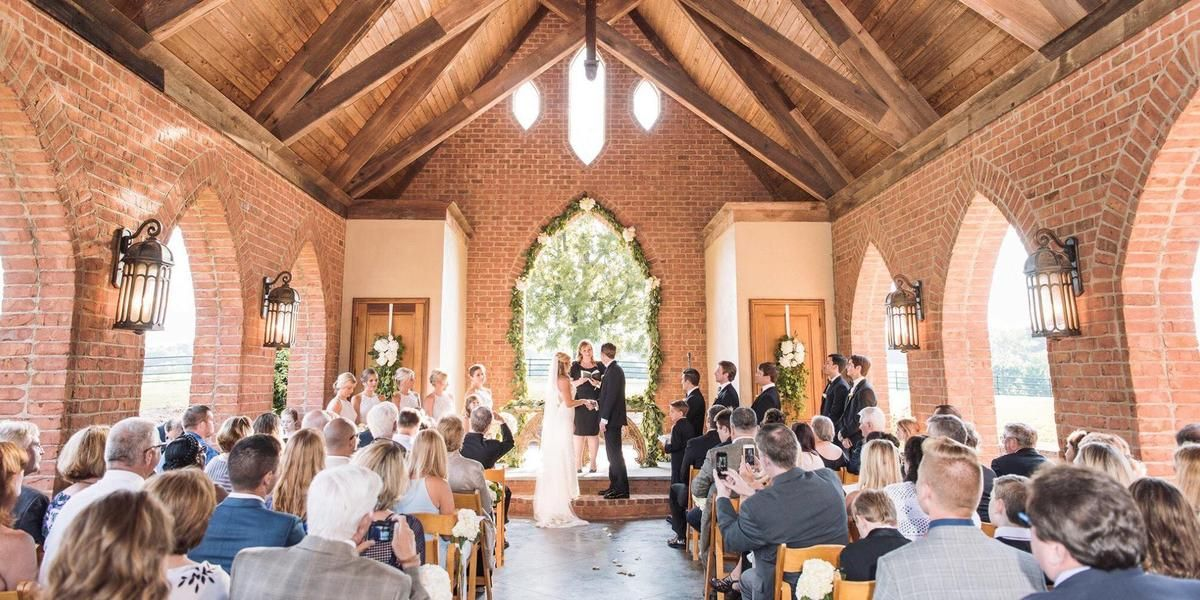 Oak Hill Stables Bed & Breakfast wedding Mississippi