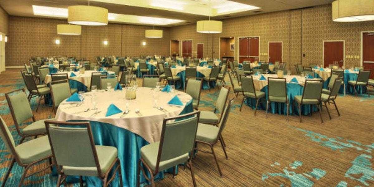 Courtyard Marriott Gulfport Beachfront wedding Mississippi