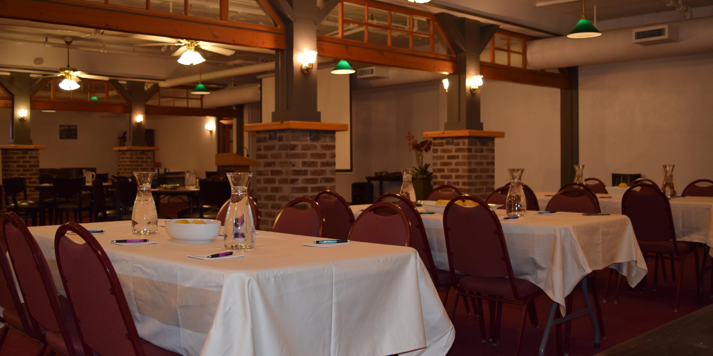 Hood River Hotel wedding Mt. Hood