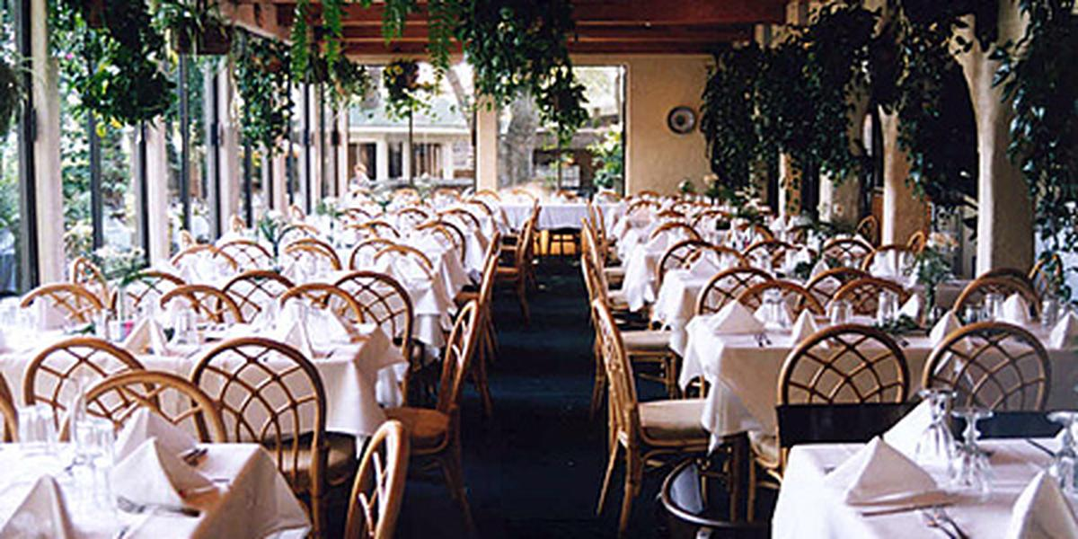 Villa Capri on the Lake wedding Houston