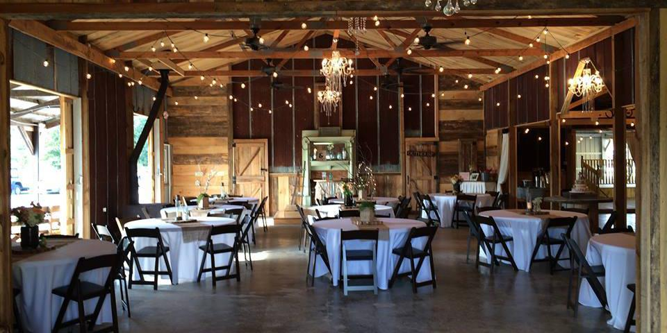 The Bella Barn of West Tennessee wedding Memphis