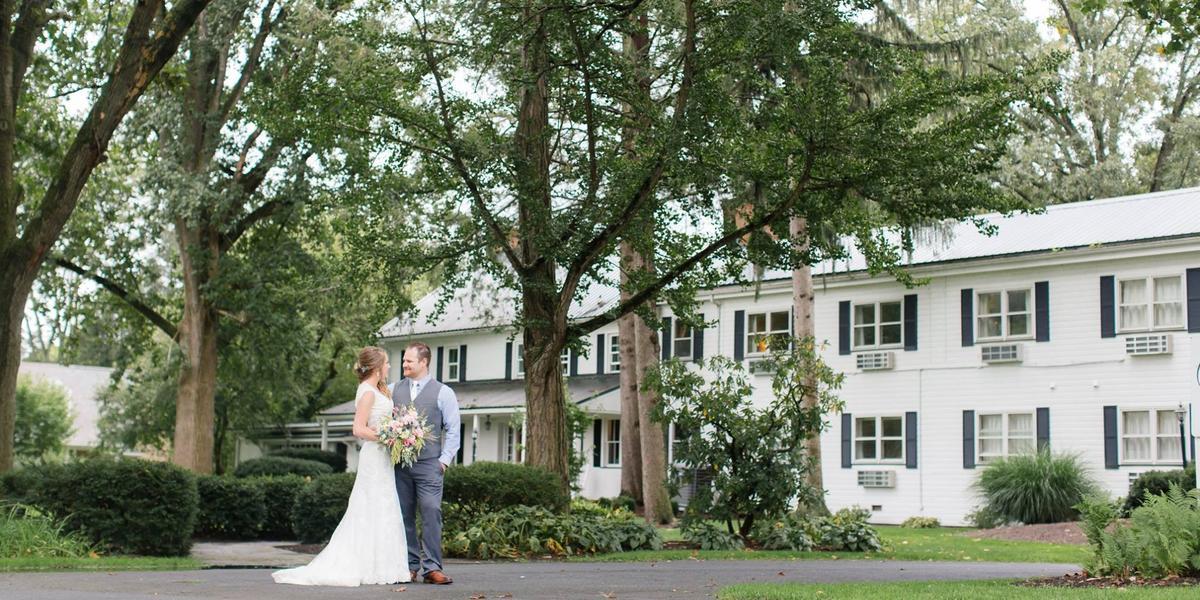 Edgewater Inn & Riverside Grill wedding Central PA