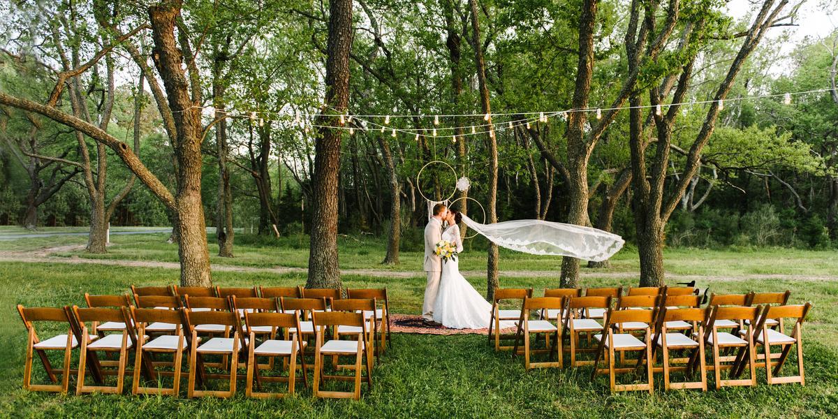 Holts Landing State Park wedding Delaware