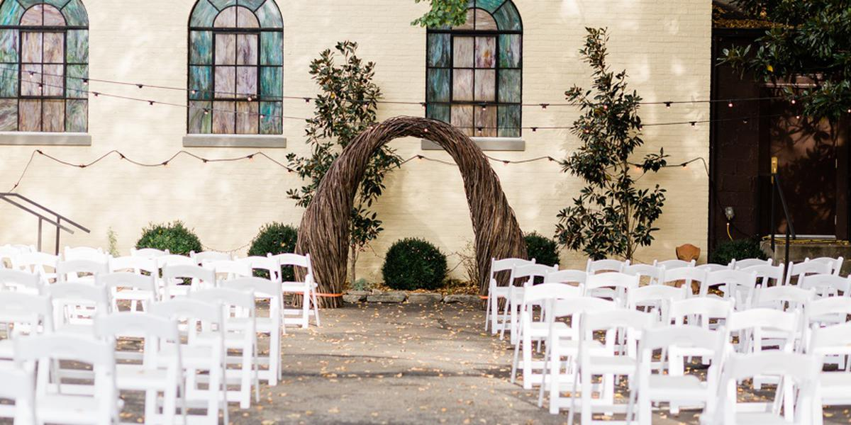 The Blue Grass Trust for Historic Preservation's Dr. Thomas Hunt Morgan House wedding Lexington