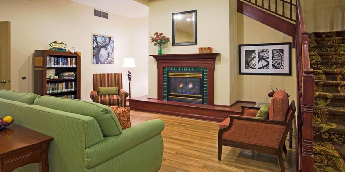 Country Inn & Suites By Carlson wedding South Dakota
