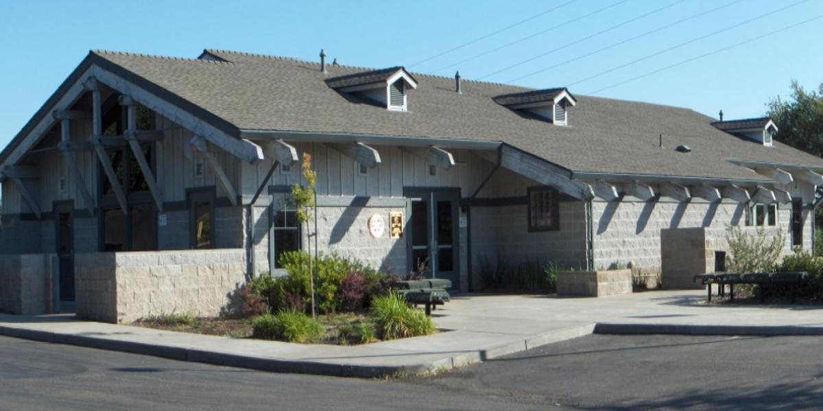 Robert H. Miller III Rotary Clubhouse wedding Sacramento