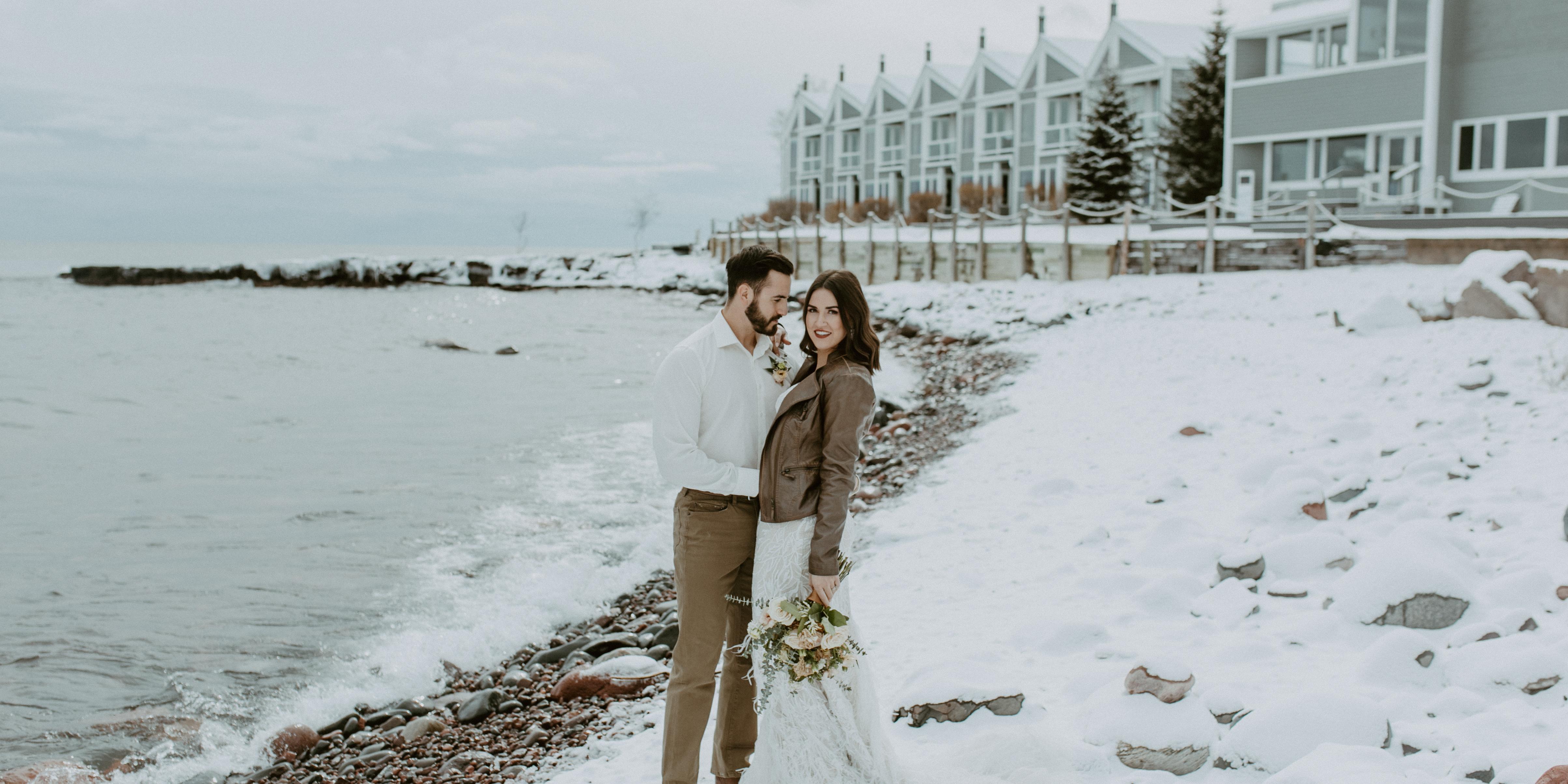 Bluefin Bay on Lake Superior wedding Minnesota