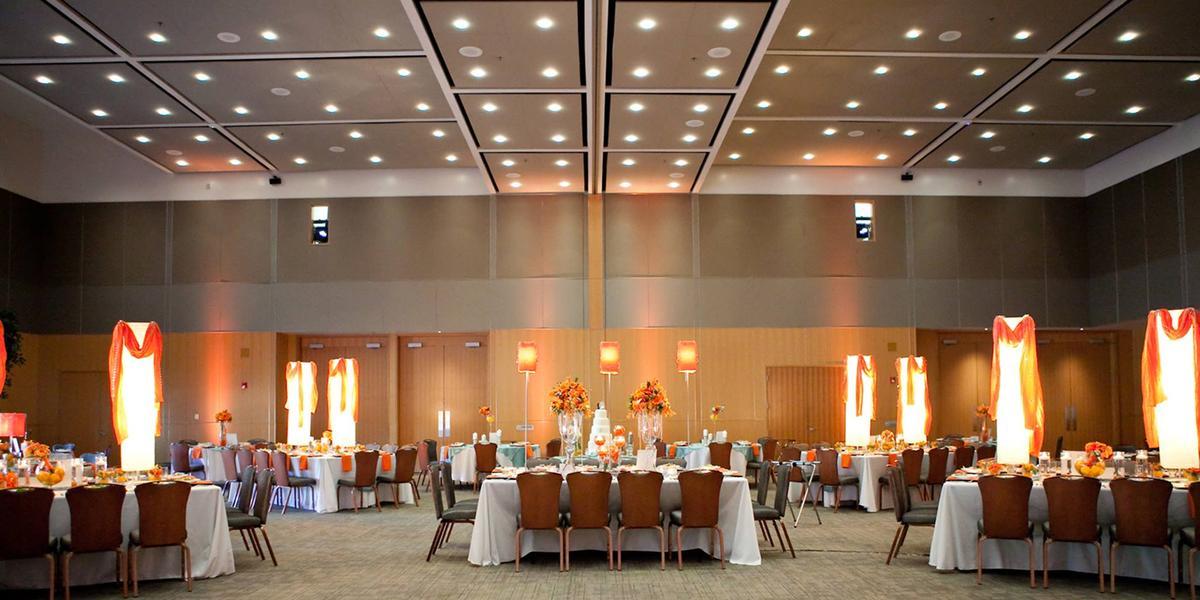 ConocoPhillips OSU Alumni Center wedding Stillwater
