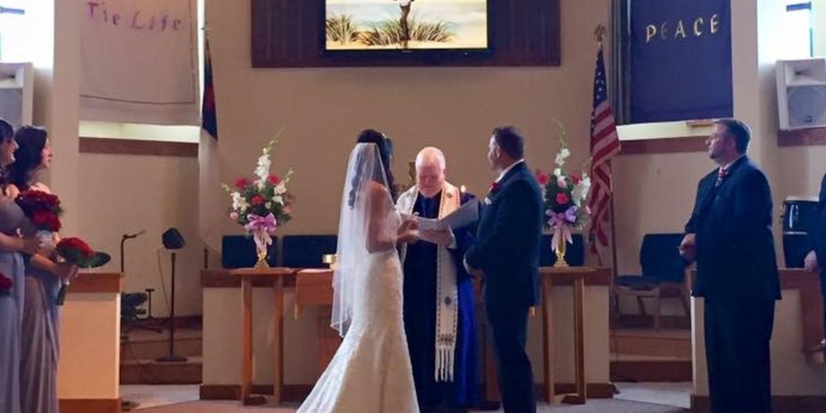 Sandbridge Community Chapel wedding Virginia Beach