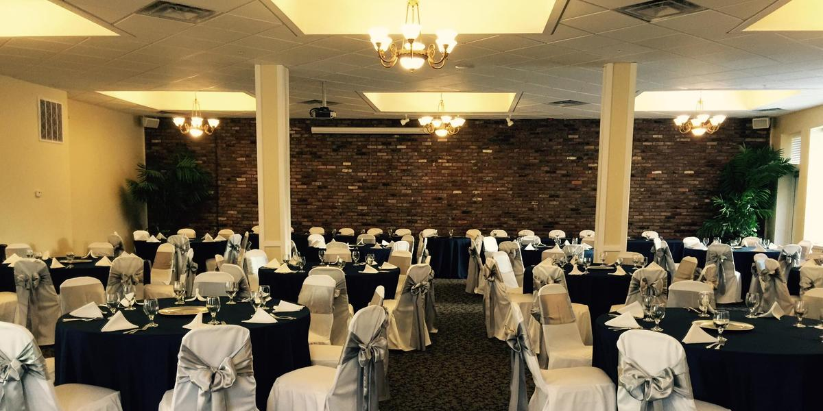 300 Spring wedding Southern Indiana