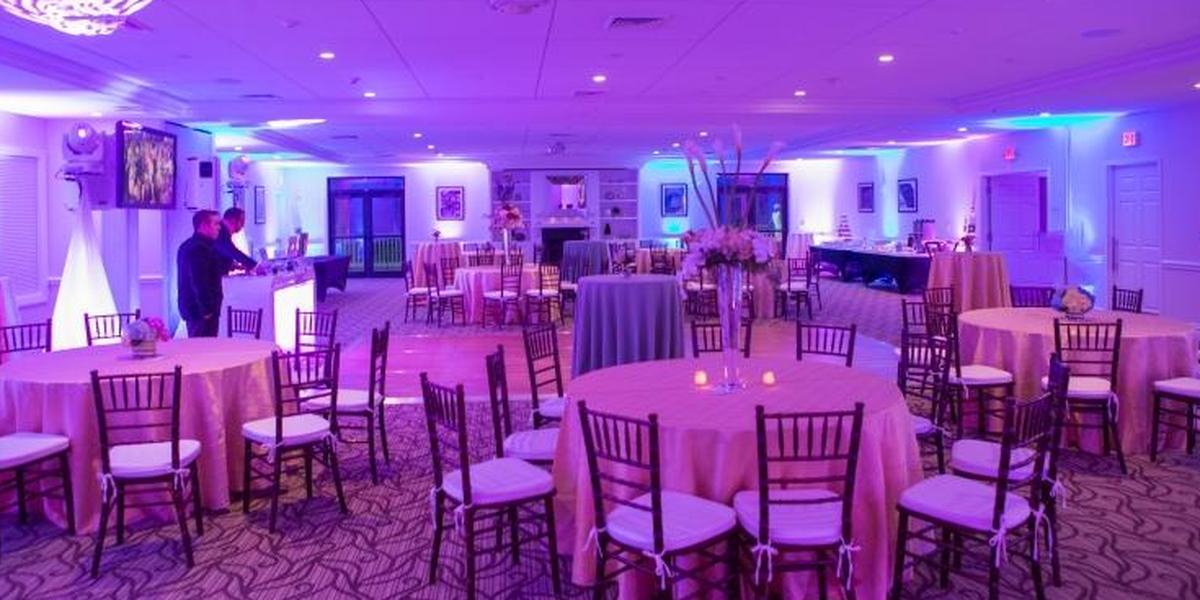 Ferncroft Country Club wedding North Shore