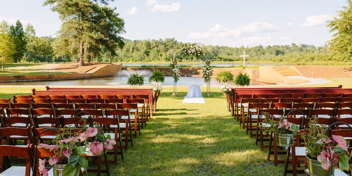 The Estate at Stone Creek wedding Macon