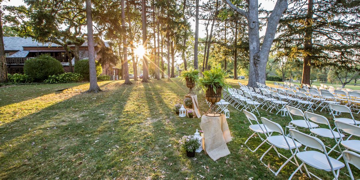 The Lodge at Katherine Legge Memorial Park wedding Chicago