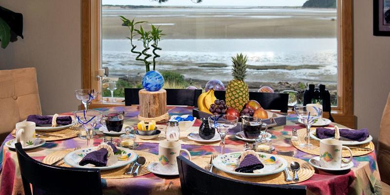 Baywood Shores Bed & Breakfast wedding Coastal Oregon