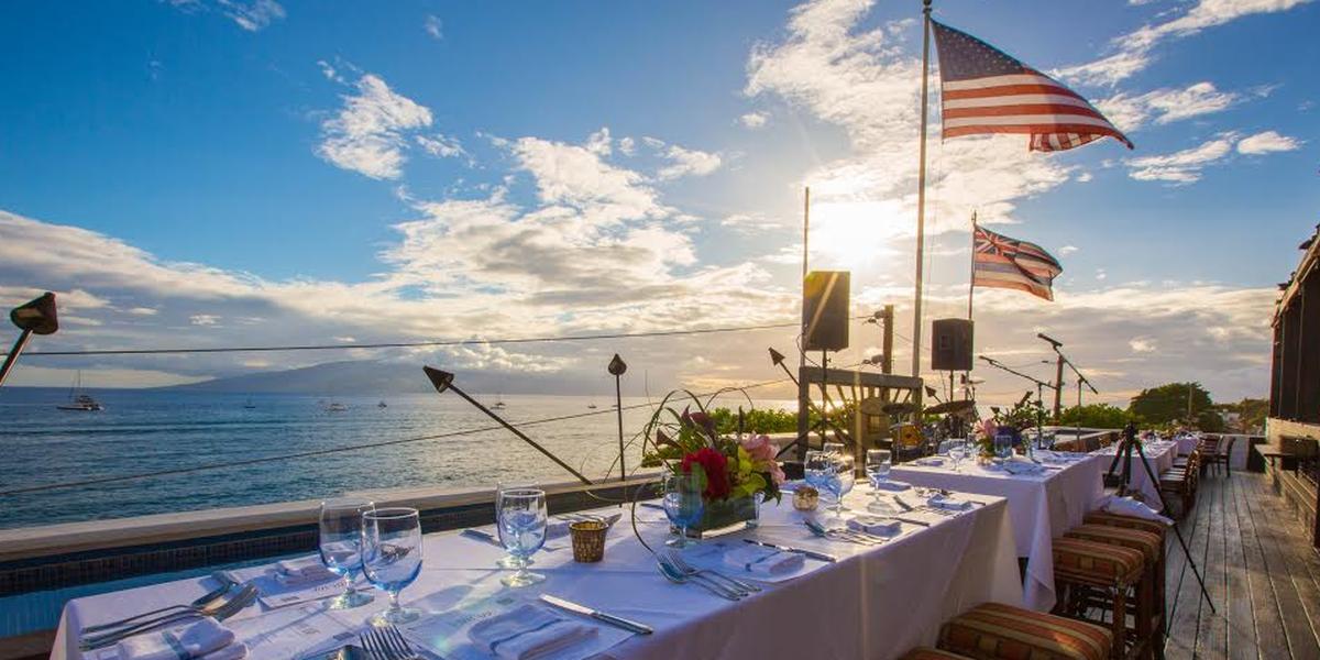 Fleetwood's On Front St. wedding Maui