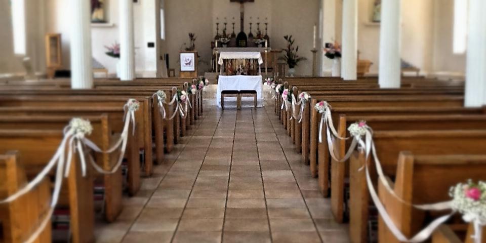 Maria Lanakila Catholic Church wedding Maui