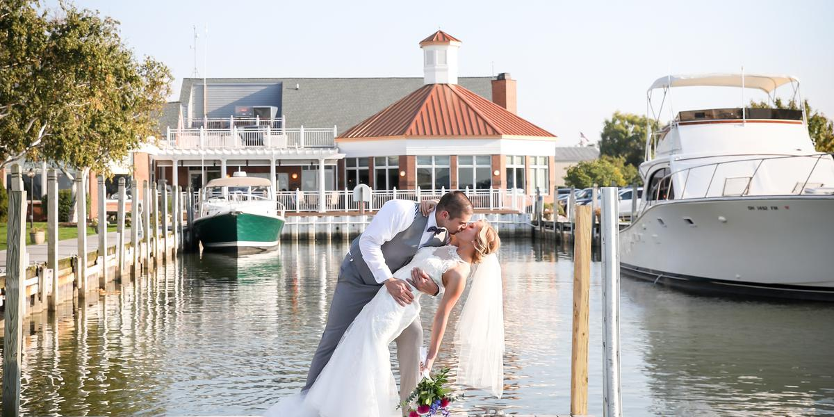 Sandusky Yacht Club wedding Toledo
