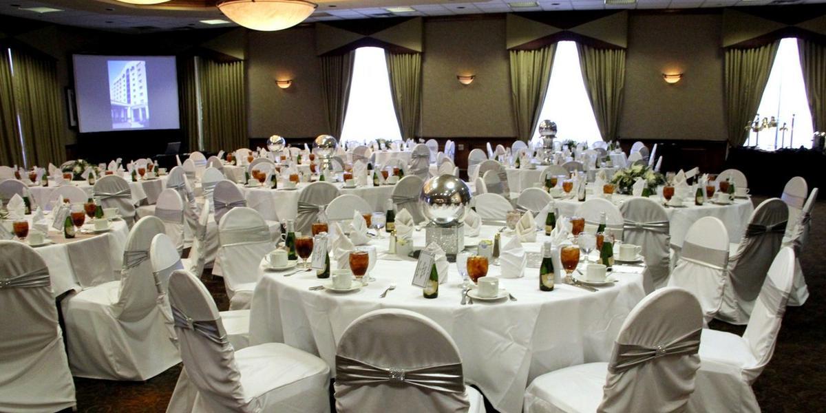 Embassy Suites Kansas City International Airport wedding Kansas City