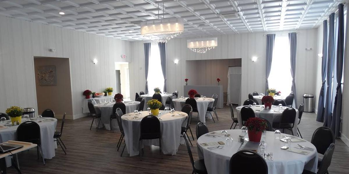 The Roosevelt Room wedding Maine