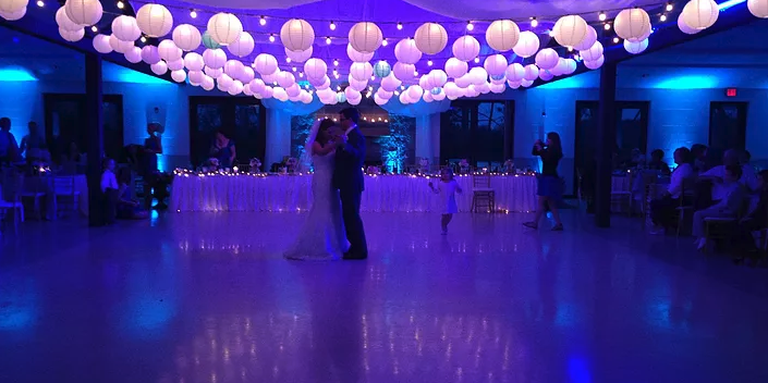 Timber Pointe Outdoor Center wedding Central Illinois