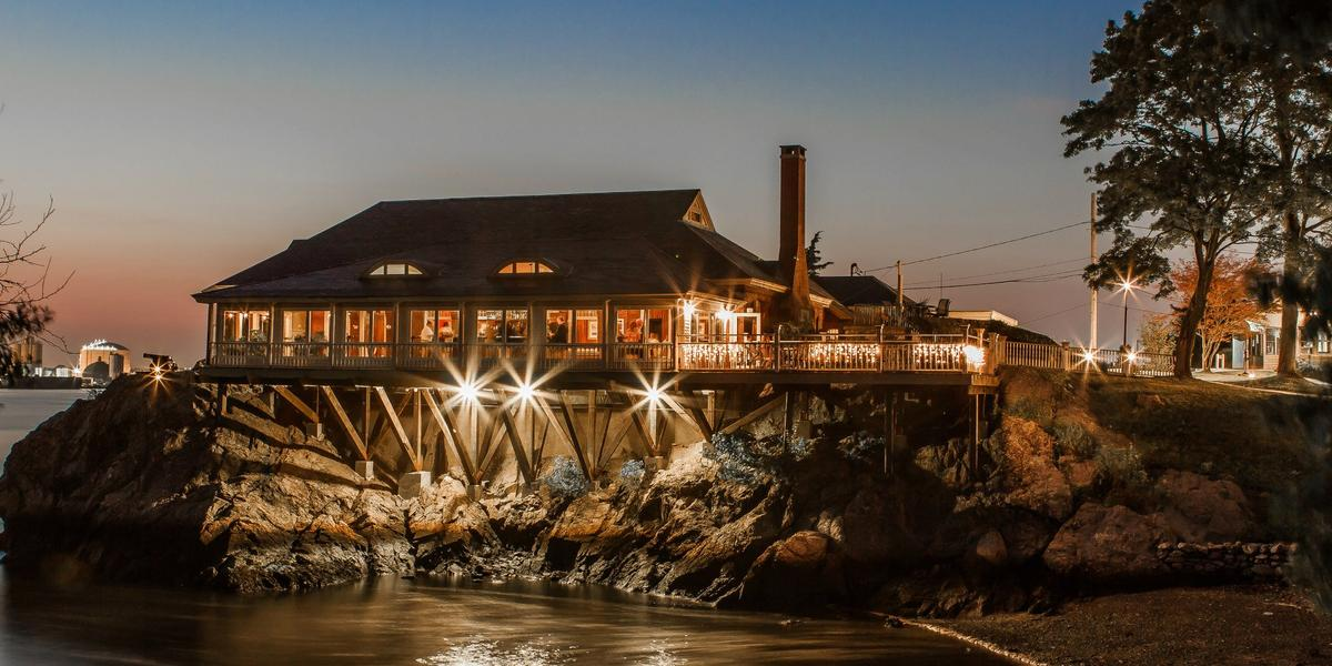 Squantum Association, Inc. wedding Coastal Rhode Island