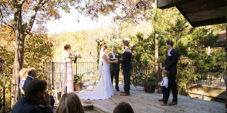 Azalea Falls Lodge wedding Arkansas