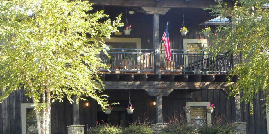 Creekside Lodge and Event Center wedding Birmingham