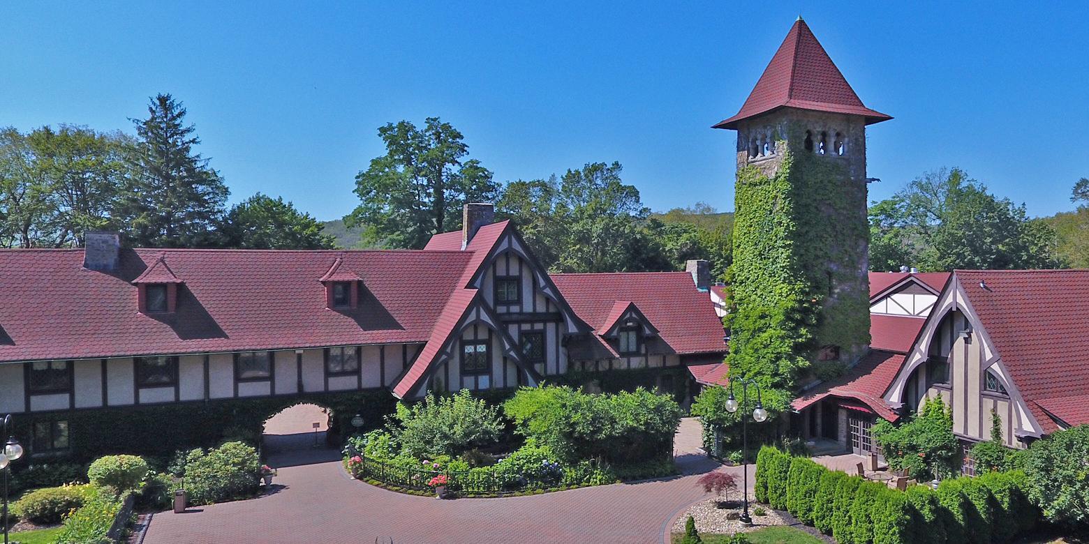 Saint Clements Castle & Marina wedding Hartford