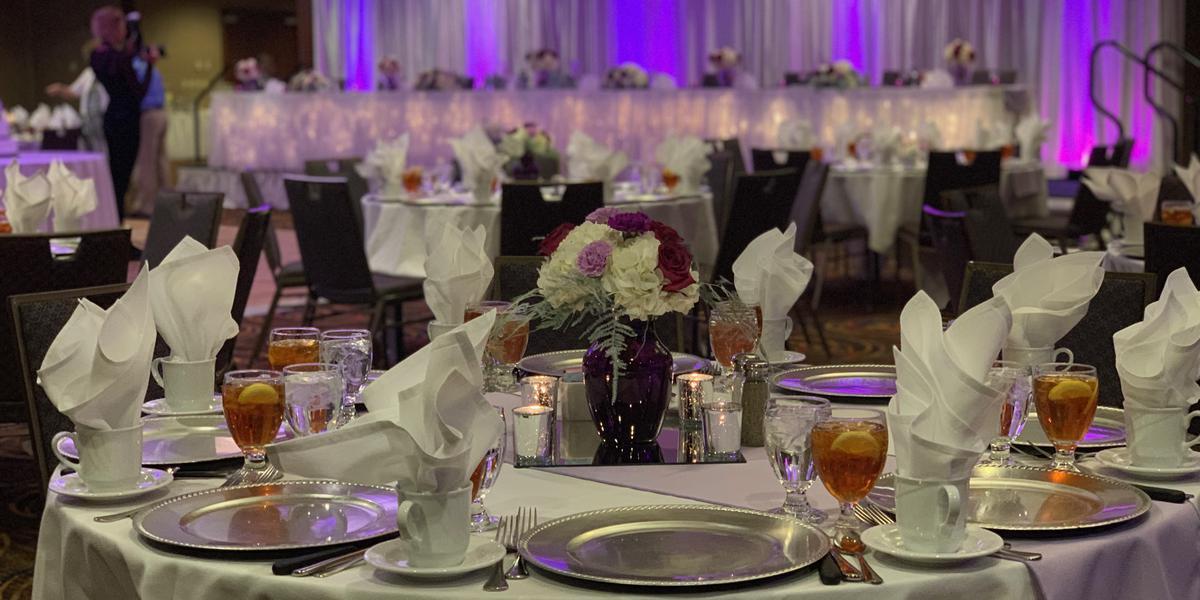 Courtyard Columbia wedding St. Louis