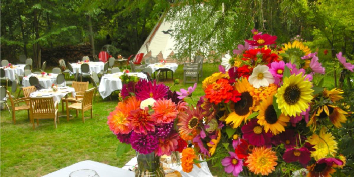 Tipi Village Retreat wedding Willamette Valley