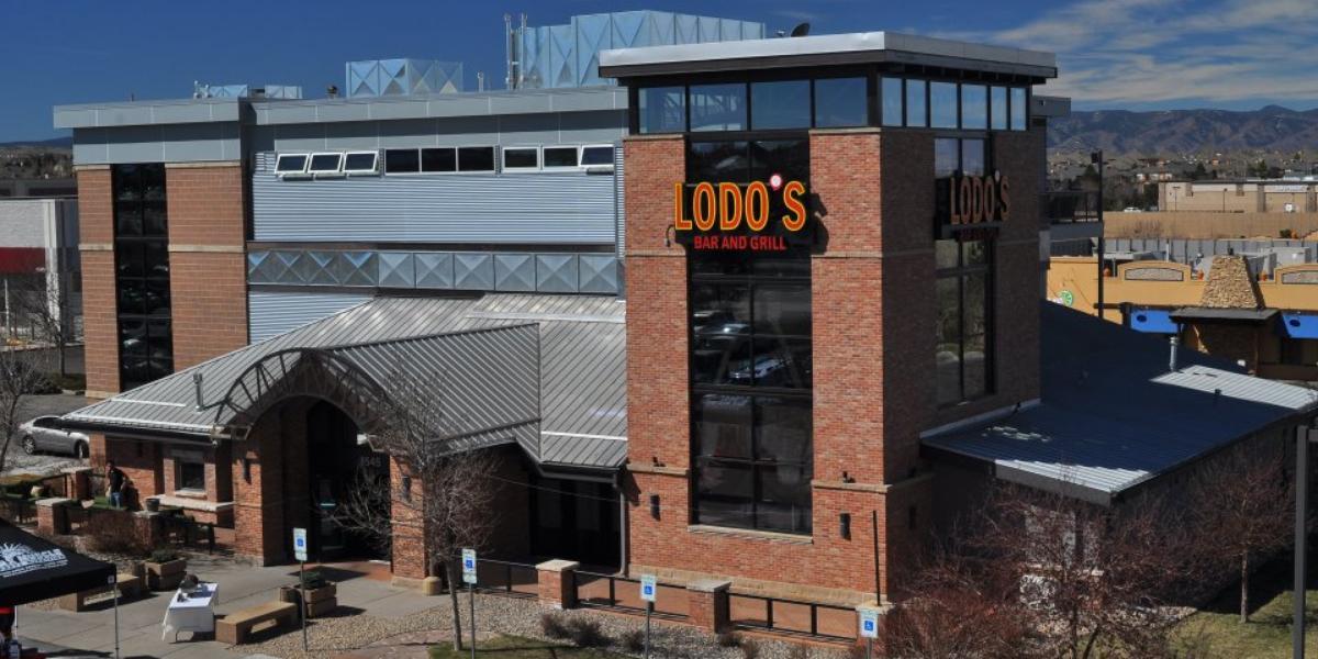 Lodo's Bar & Grill-Highlands Ranch wedding Denver