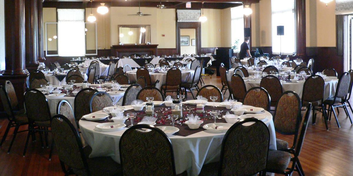Fairfax Hall Dining Room wedding Charlottesville