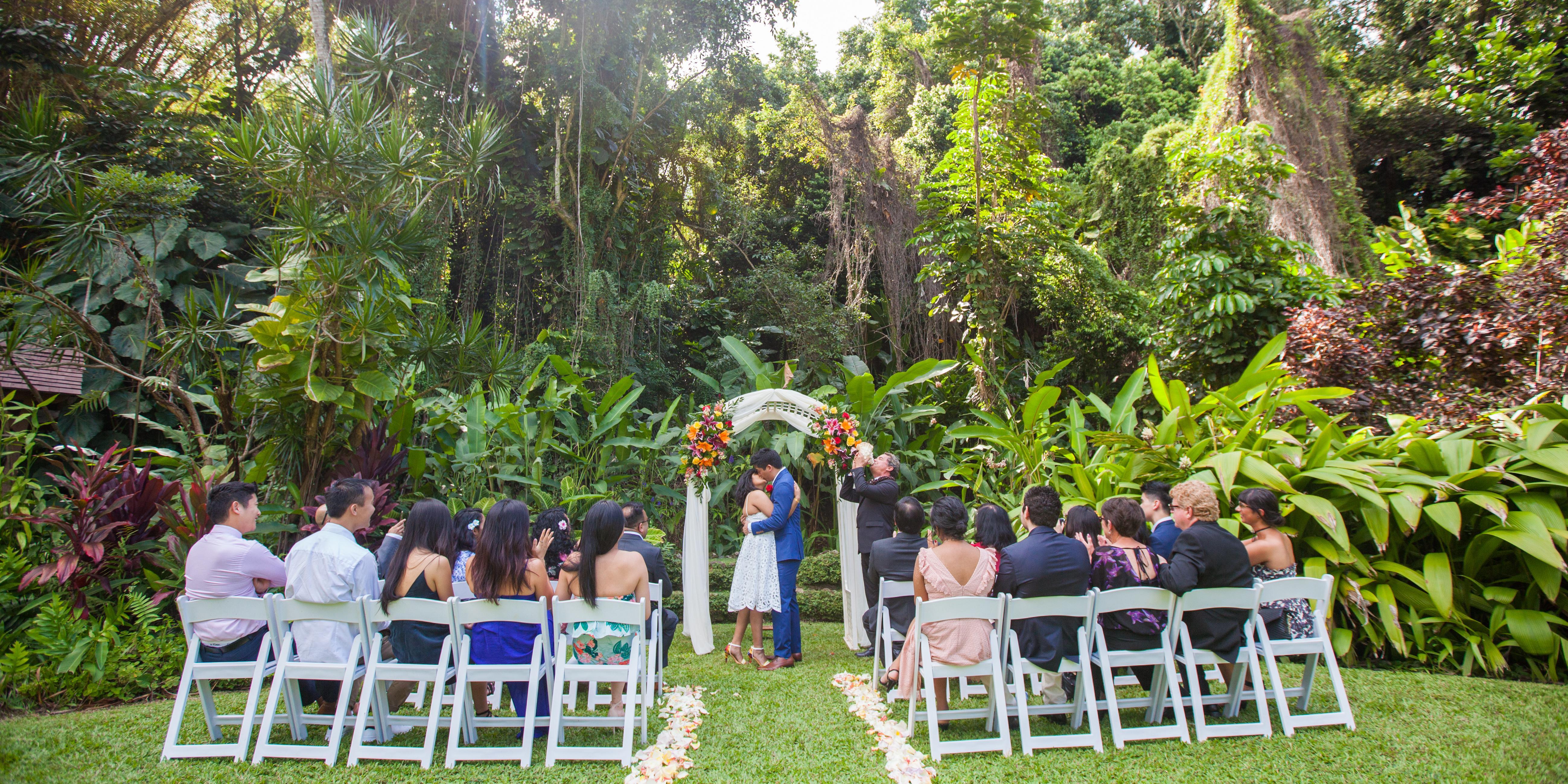 Haiku Gardens wedding Oahu