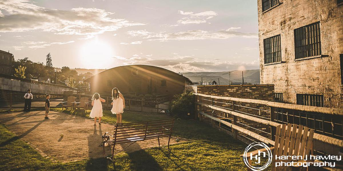 Sunshine Mill Winery wedding Mt. Hood