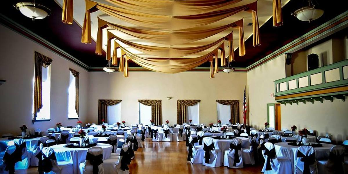 The Aerie Ballroom wedding Tacoma