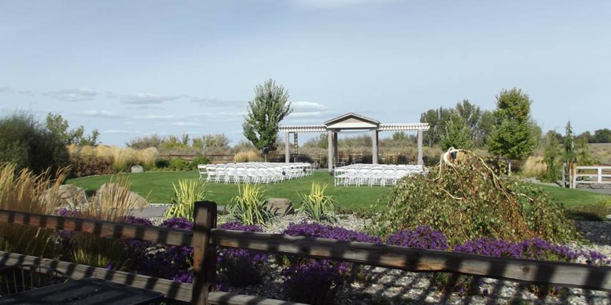Memories at Sunset wedding Yakima