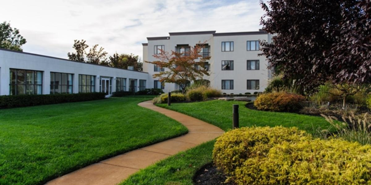 DoubleTree Suites by Hilton Mt. Laurel wedding Central Jersey