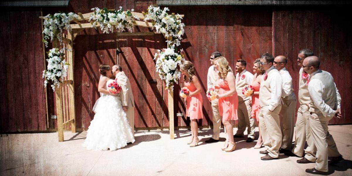 Whitetail Country Estates wedding Des Moines