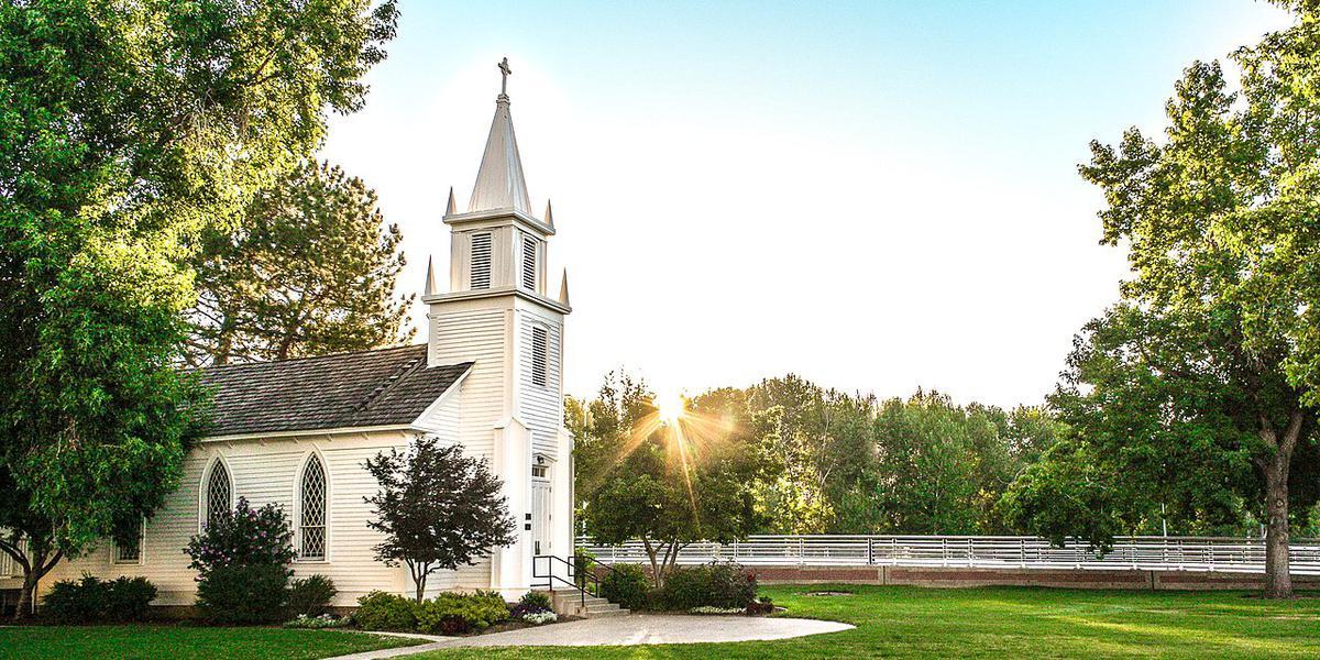 Christ Chapel wedding Idaho