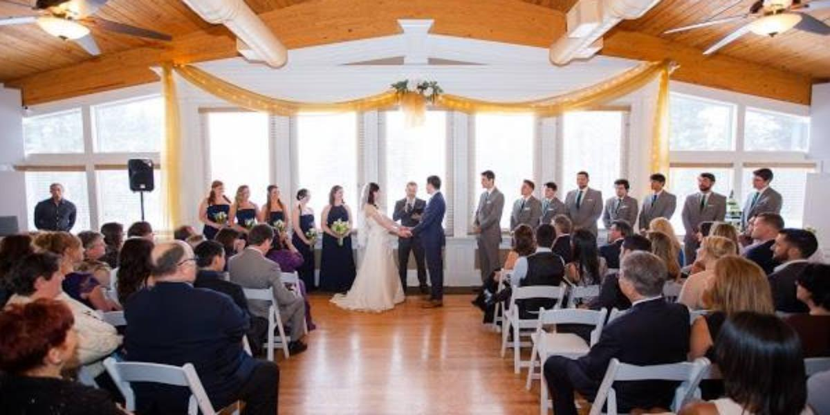 Bella Vista at Hawk's Landing Country Club wedding Hartford