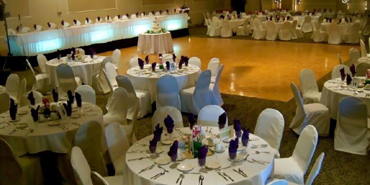 Futules' Harmar House wedding Pittsburgh