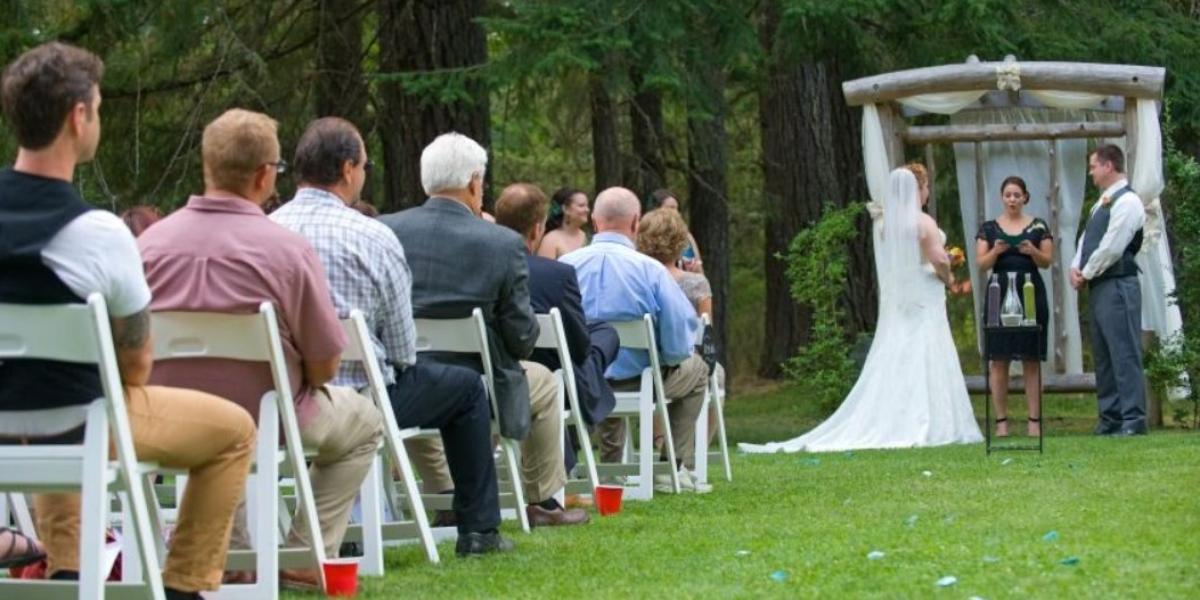 Weddings at Moon Mountain wedding Yakima