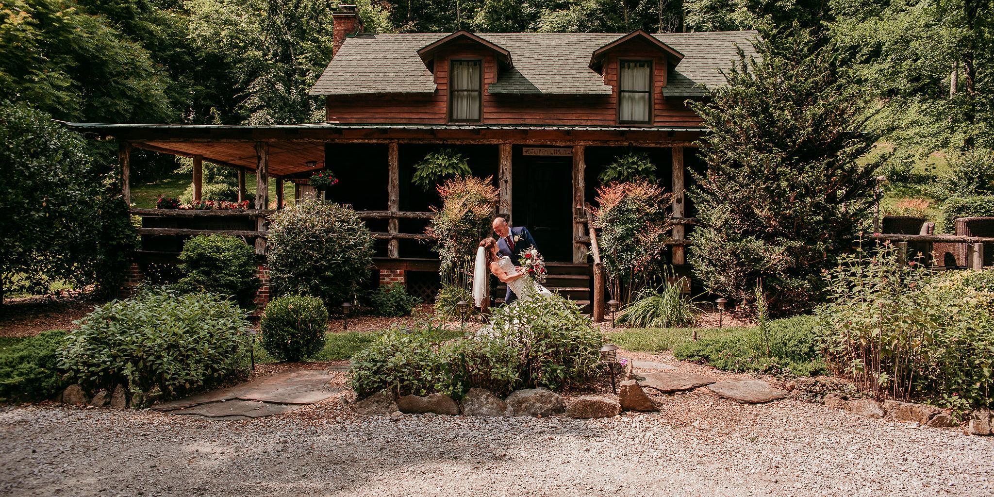 Butterfly Hollow Bed & Breakfast wedding Nashville