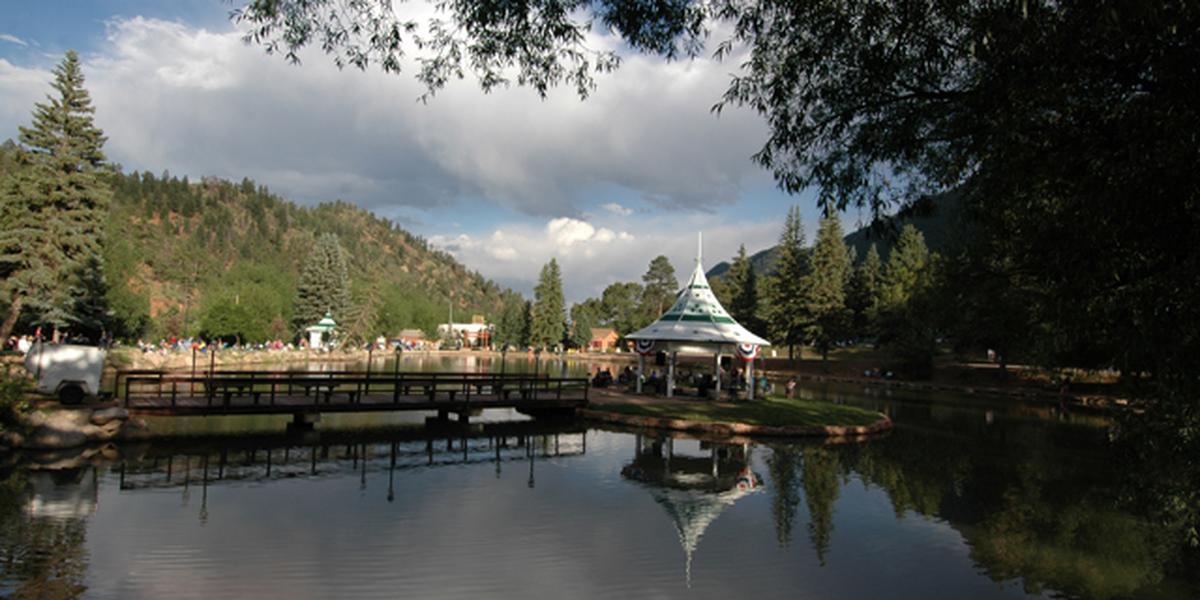 Town of Green Mountain Falls, Park Gazebo Island wedding Colorado Springs