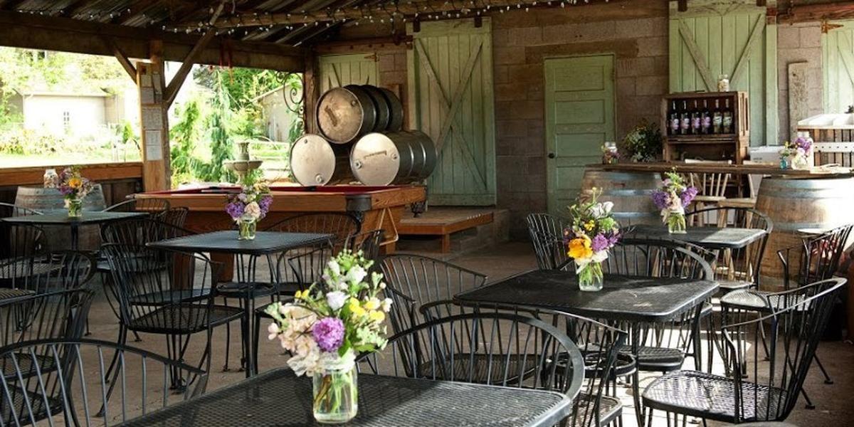 Heisen House Vineyards wedding Tacoma