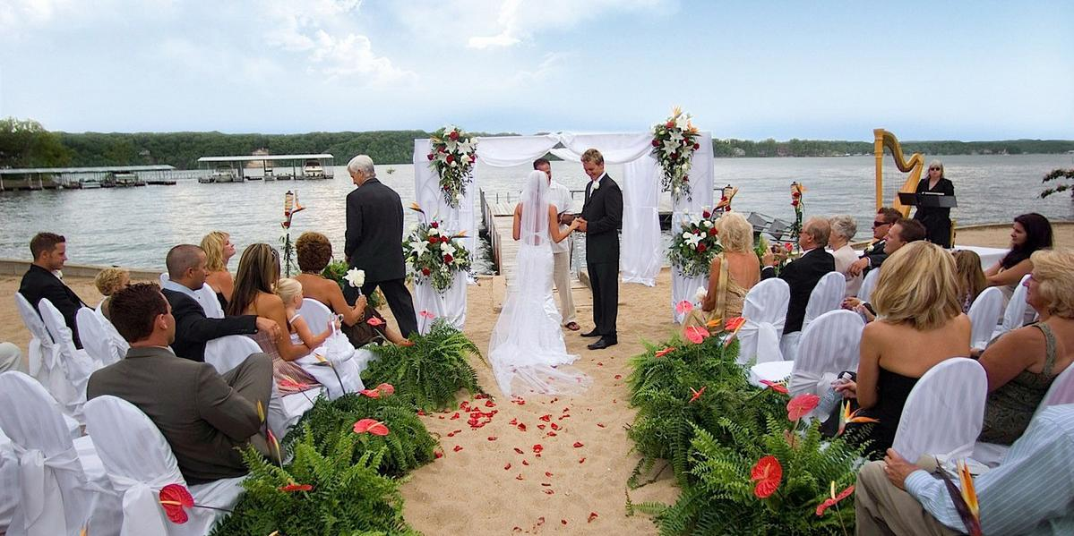 The Lodge of Four Seasons wedding Kansas City