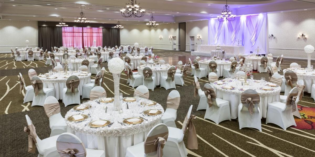 Hilton Garden Inn Dallas Lewisville wedding Dallas